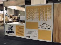 L'AMORE NUTRE: allestimento dello stand di Fattoria al Salone del Gusto 2018